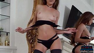 Cock-squeezing American Cougar model Melissa Lori hot striptease
